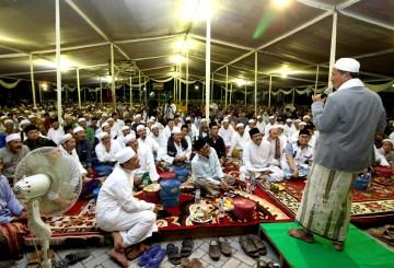 Ceramah Agama oleh Gus Ali Mashuri pada saat Haul alm. KHM. Damanhuri Romli tahun 2017