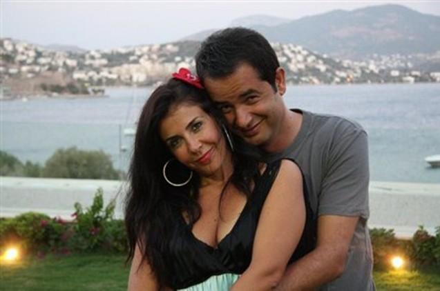 Acun 10 dəqiqəyə boşandı -  Fotolar