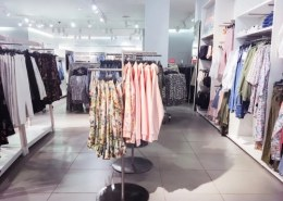 Which is better Zara or H&M?