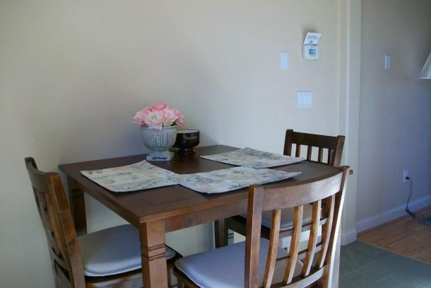 The casita dining area