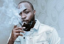 Davido smoking