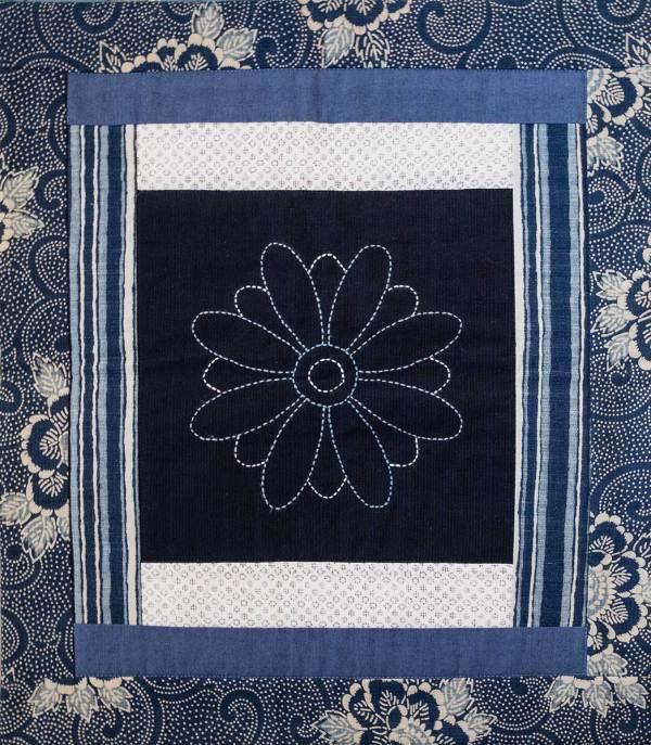 Blue and White Chrysanthemum © Susan Ball Faeder