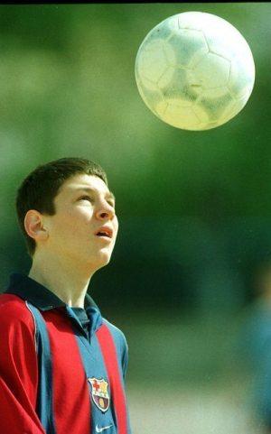 """""""Soy lo que soy gracias a los valores y a lo que aprendí en la cantera y en la Masía del Barcelona"""" - Messi, en entrevista concedida en 2003"""