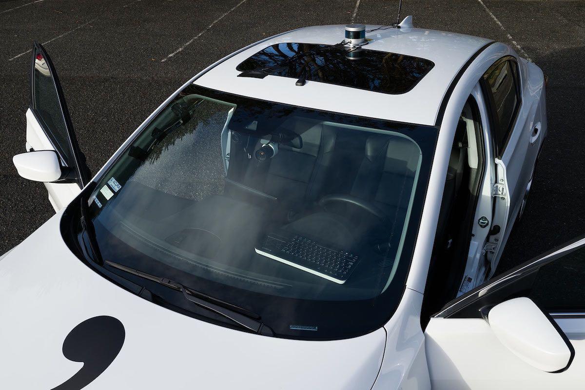 GeoHot crea su propio auto autónomo