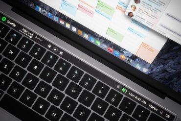 Renovación MacBook Pro 2016 con pantalla OLED