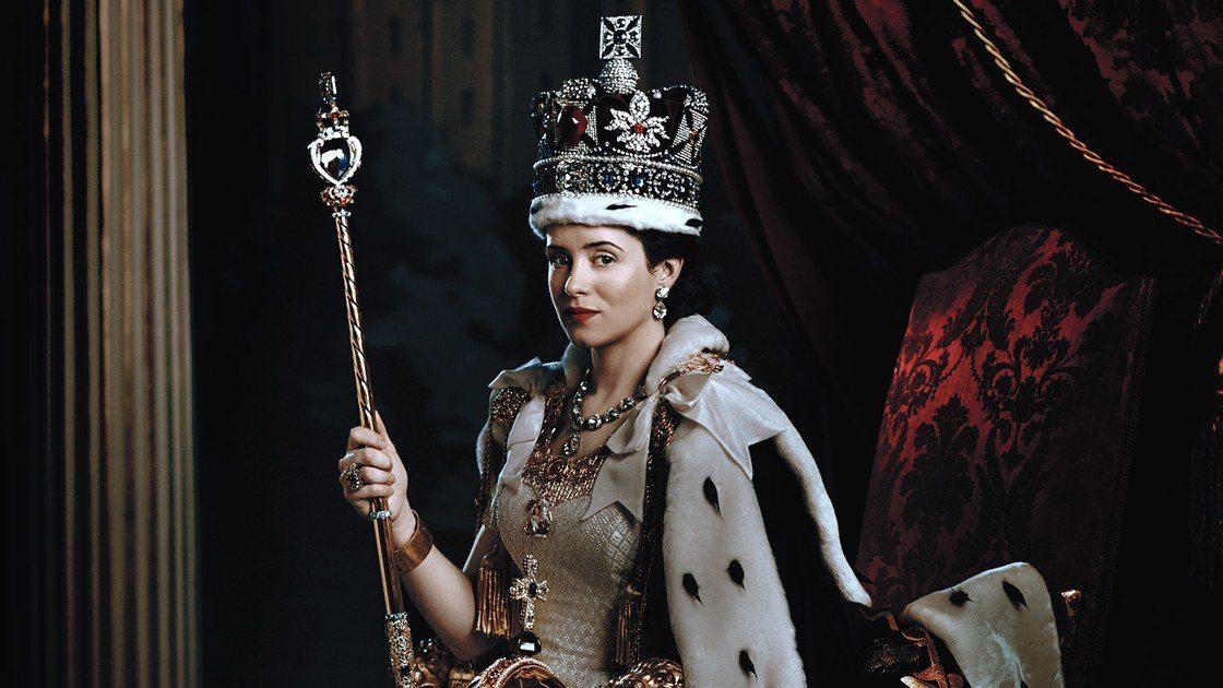 Resumen The Crown: Smoke and Mirrors, Gelignite y Scientia Potentia Est