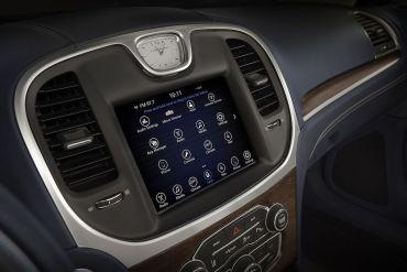 Google y Chrysler llevan Android al auto para renovar la experiencia de infotainment