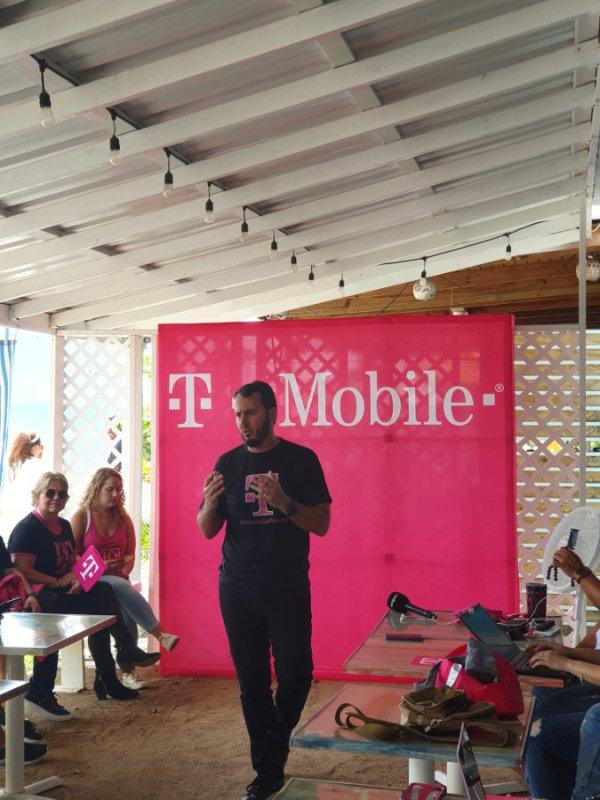 Jorge Martel T-Mobile Puerto Rico