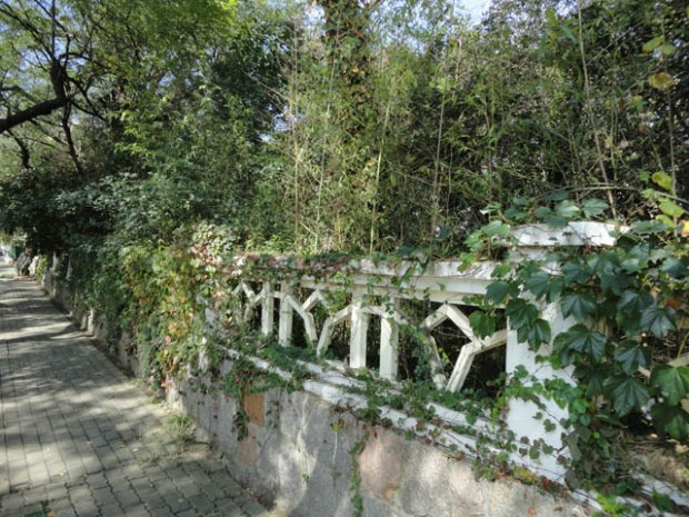 Qingdao Photos Taipingjiao Wall