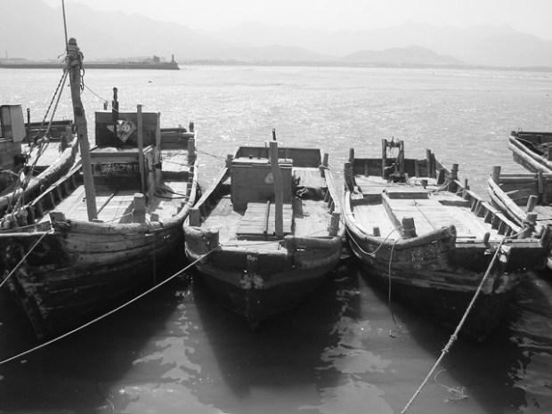 Qingdao Photos Clay Army V Boats BW