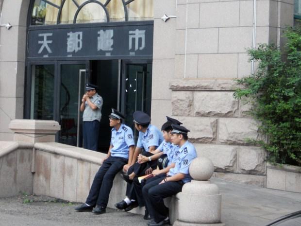 Qingdao Photos: Summer Blues Brothers