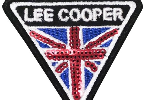 Custom high quality souvenir embroidered patches