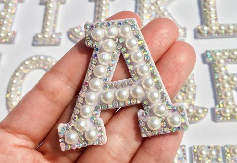 Q1426 Alphabet Pearl Rhinestone Words Ironing on Patches Applique 3D Handmade DIY Patch Cute Initial Letter Patches