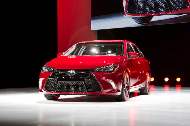 2015 Toyota Camry 1