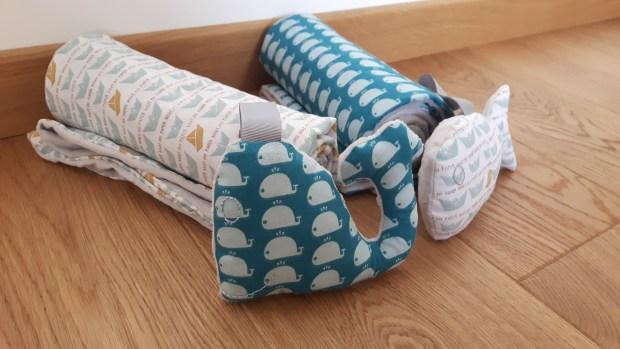 cadeau naissance couverture bébé doudou baleine poisson gris bleu blanc