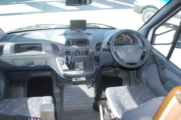 2006 Winnebago Leisure Seeker Motorhome full
