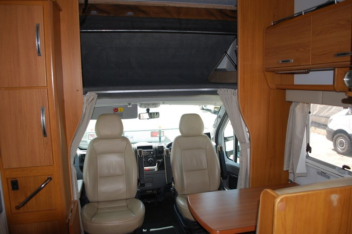 2011 Jayco Conquest Motorhome full