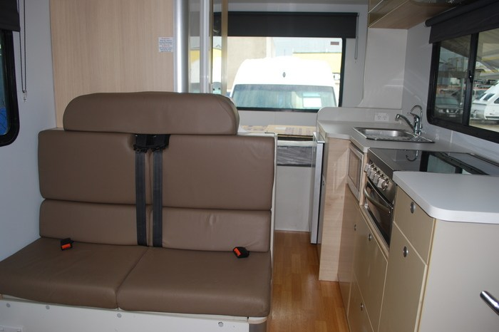 2013 Kea River 6 Berth Motorhome full