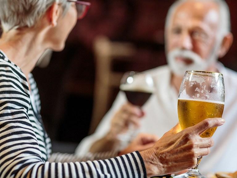 salud bebedor compulsivo alcohol