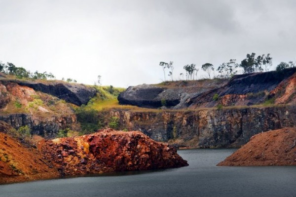 Traprock Mining Mount Chalmers Gold Project