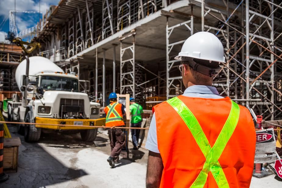 iso 45001 transition - worker on construction site