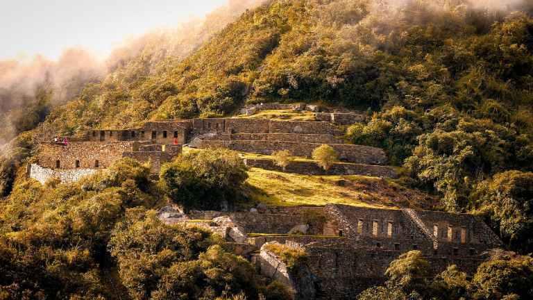 QosqoExpeditions - Choquequirao Trek to Machu Picchu