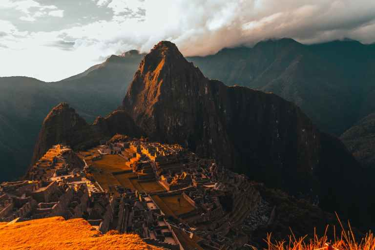 QosqoExpeditions - Machu Picchu With Expeditions Train