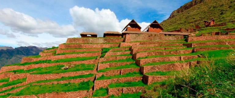 QosqoExpeditions - Huchuy Qosqo on Horseback and Machu Picchu