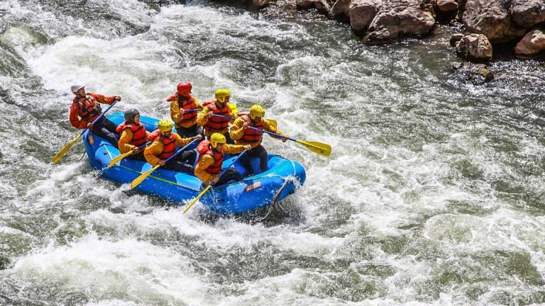 QosqoExpeditions - White Water Rafting Cusco Willcamayu River
