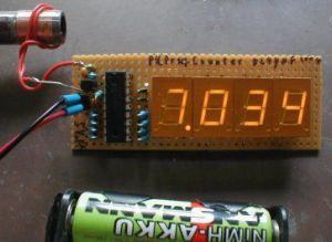 Frequency counter with PIC and 4 to 5digit LED display