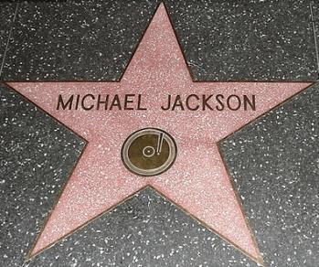 [Lyved] 8 lezioni da imparare sull'ascesa e sul tramonto di Michael Jackson