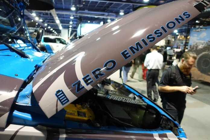 poison spyder e-av electric adventure vehicle jeep wrangler | quadratec