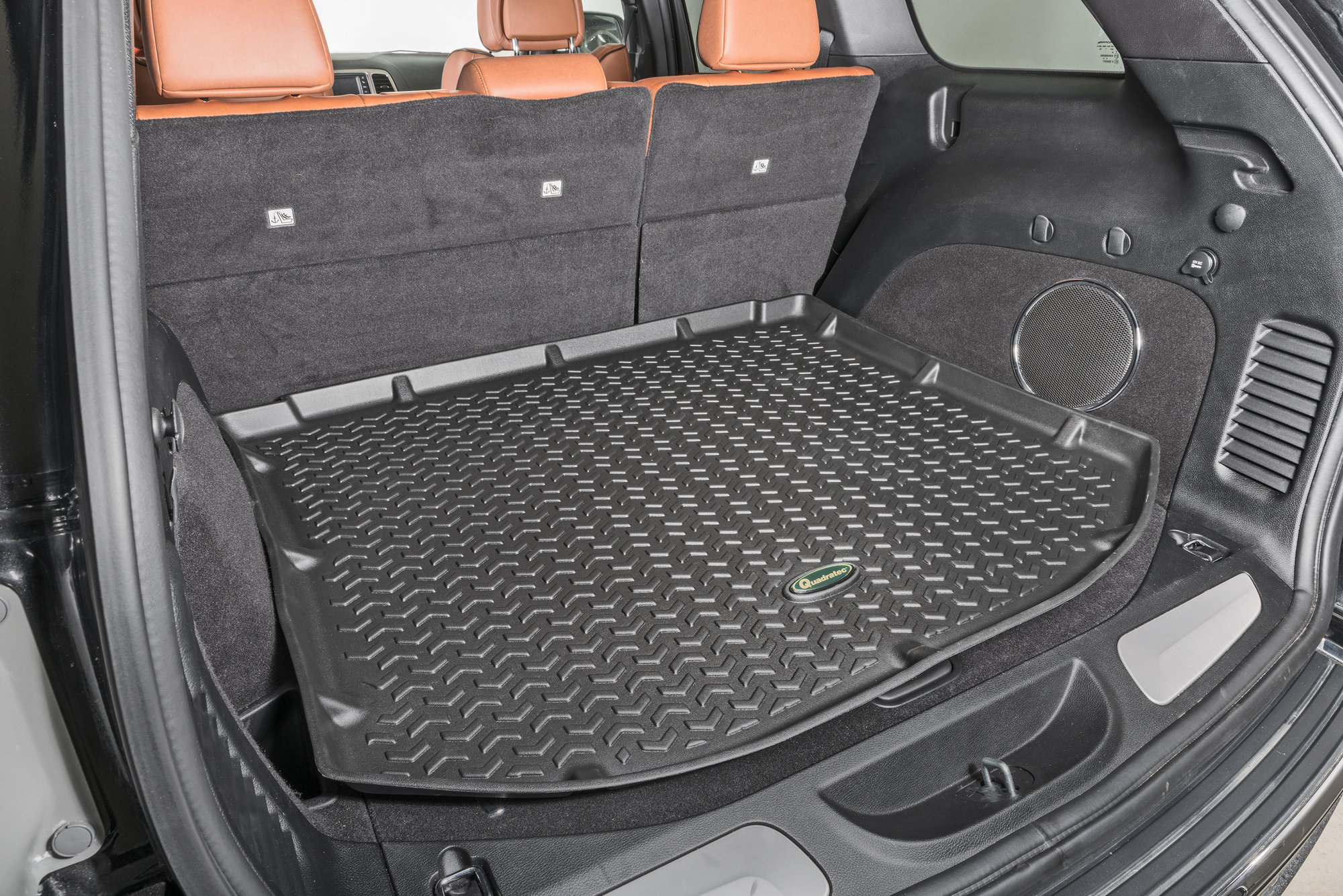 Quadratec Ultimate All Weather Rear Cargo Liner For 11 18