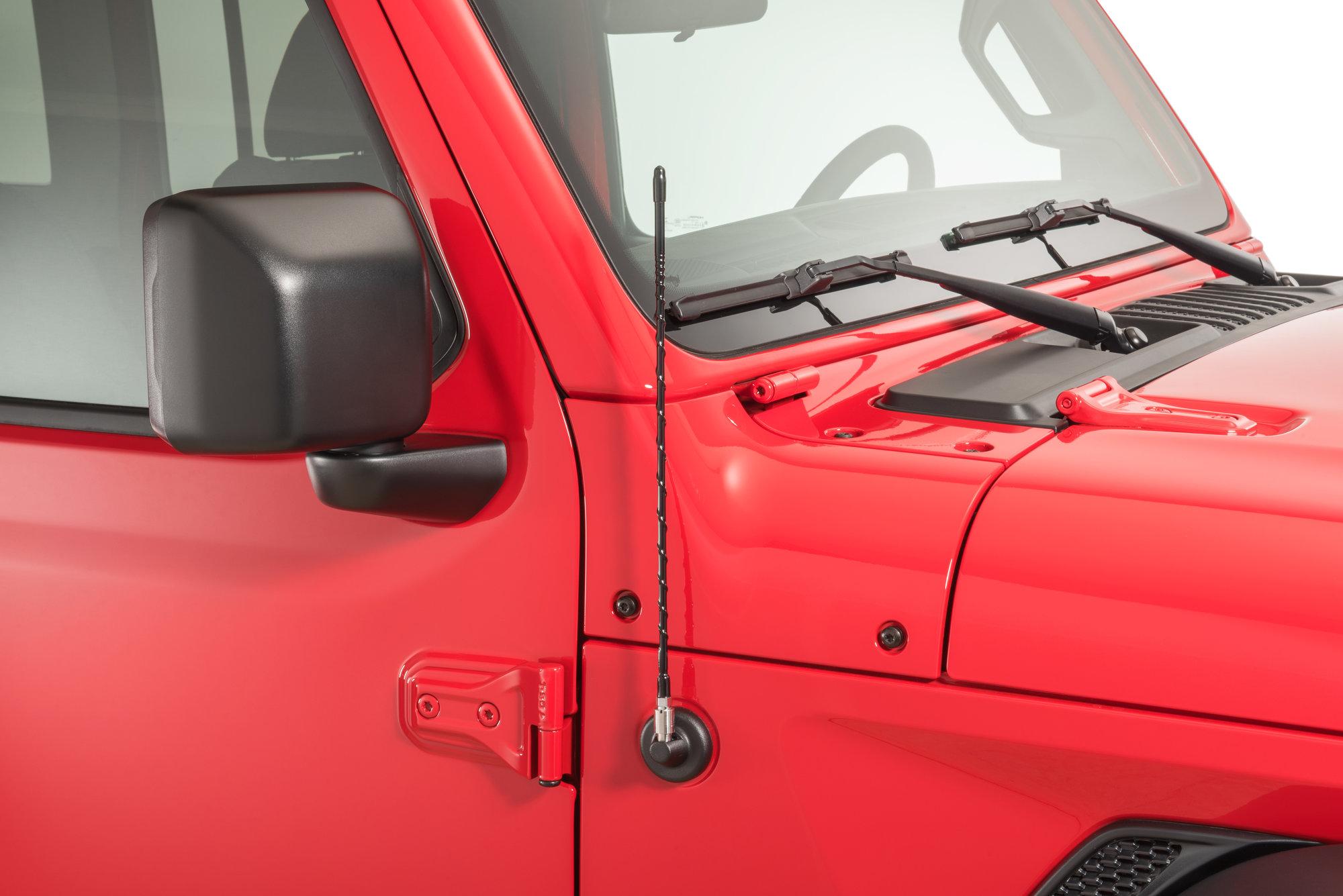 hight resolution of quadratec 16 hi performance am fm stubby antenna for 07 19 jeep wrangler jk jl quadratec