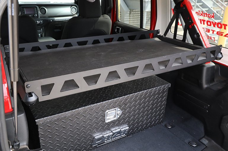 dee zee interior cargo tray for 07 21 jeep wrangler jk jl