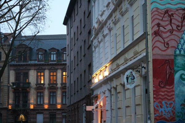 Der JUNGBUSCH zwischen Kunst, Kultur, Industrie und tollen Foodkonzepten! Ein Blick ins Szeneviertel in Mannheim! #Jungbusch #Stadtführung #Quadratestadt
