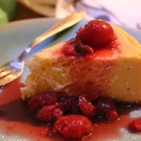 REZEPT: der genialste Cheesecake mit Erdbeer-Kirsch Kompott mit Tonkabohne! Cook4Me Wunderkessel von Krups #food #cheesecake #krupsCook4Me
