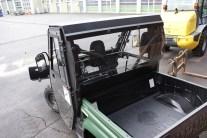 Mit Durchblick: Die neue Rückwand der Kabine für den Rhino schränkt die Sicht nicht ein.