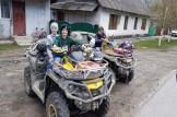 Die Kids freuen sich über die Abwechslung durch die ATVs