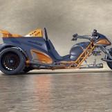Stoff, aus dem Träume sind: Der Motor der Suzuki Hayabusa schlägt die Brücke vom Boom-Trike zum Zweirad.