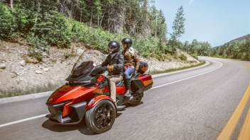Neues Luxus-Tourenmodell: Can-Am Spyder RT