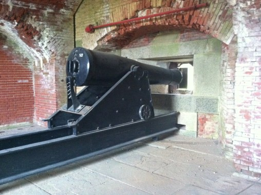 Gun at Fort Delaware.