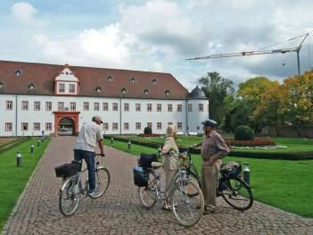 Schloss-Heusenstamm-2