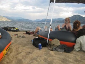 okanagan-tree-planters-taking-a-break-3
