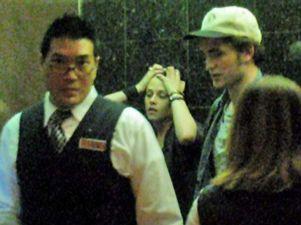 Robert Pattinson y Kristen Stewart, pillados juntos en el ascensor de un hotel