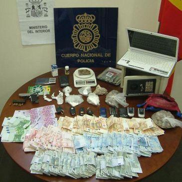 Detenidas tres personas por presunto tráfico de cocaína y hachís