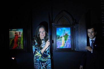 """Ouka Leele se reinventa en La Gallera con una muestra """"mística"""" en la que se autorretrata como Santa Bárbara"""