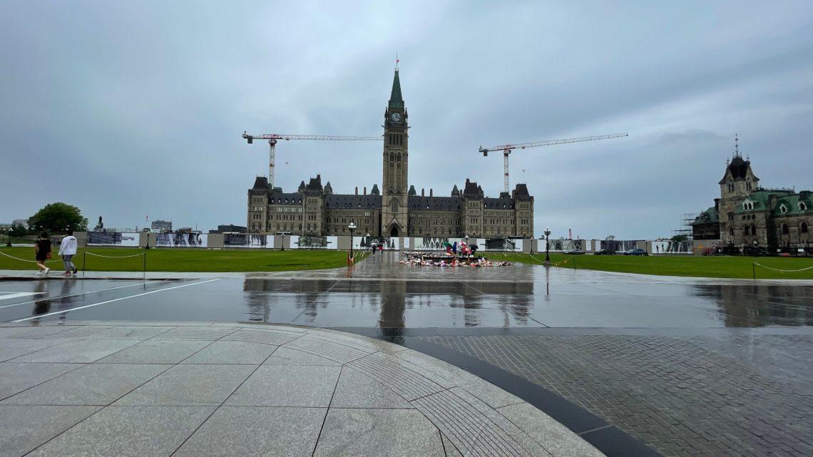 Conheça o Parlamento do Canadá em Ottawa
