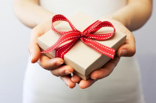 Se acerca el cumpleaños de tu novio ¿cómo escoger un regalo?