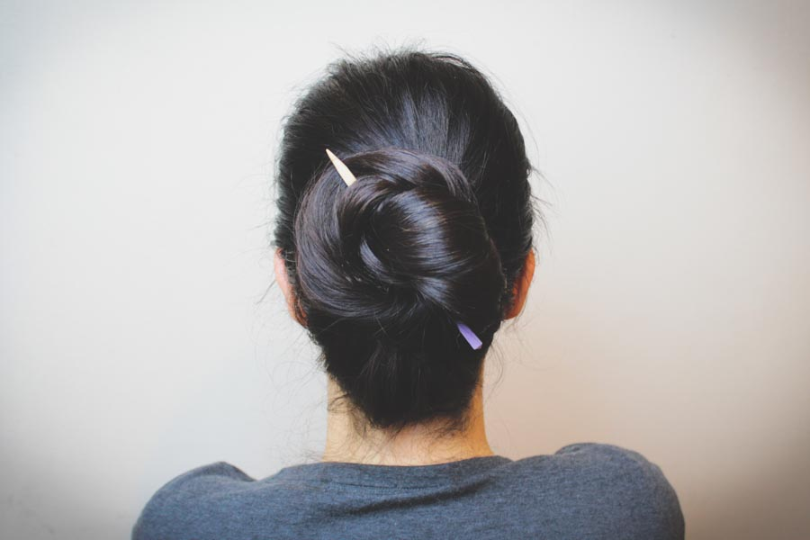 7 easy hairstyles to beat the heat! Click through for the roundup! | Queen Lila